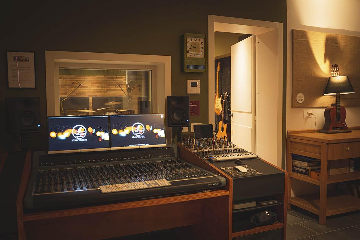 river-studio-recording